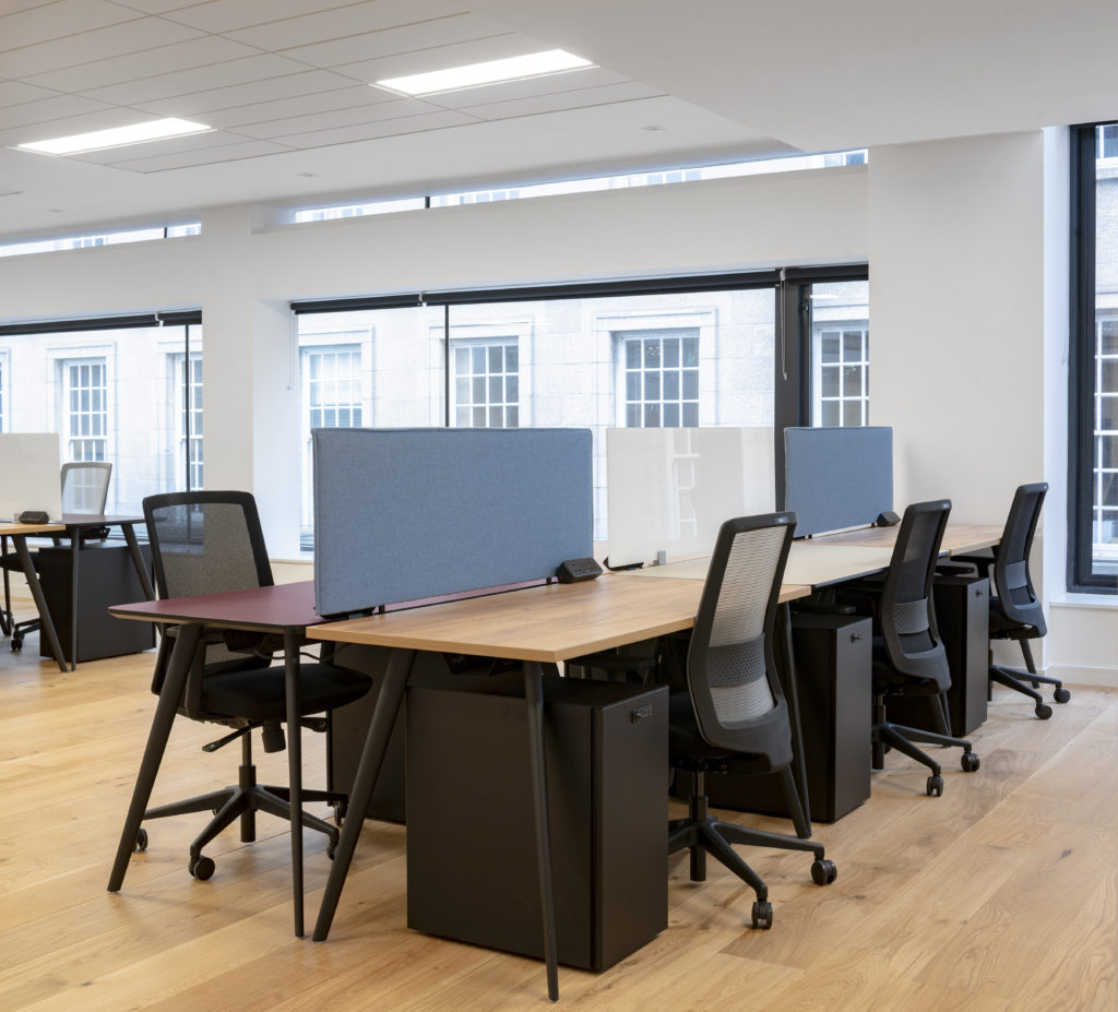 Professional-coworking-including-hot-desks-private-offices-and-fixed-desks-in-stratford